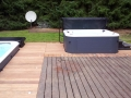 Whirlpool in Terrasse integriert