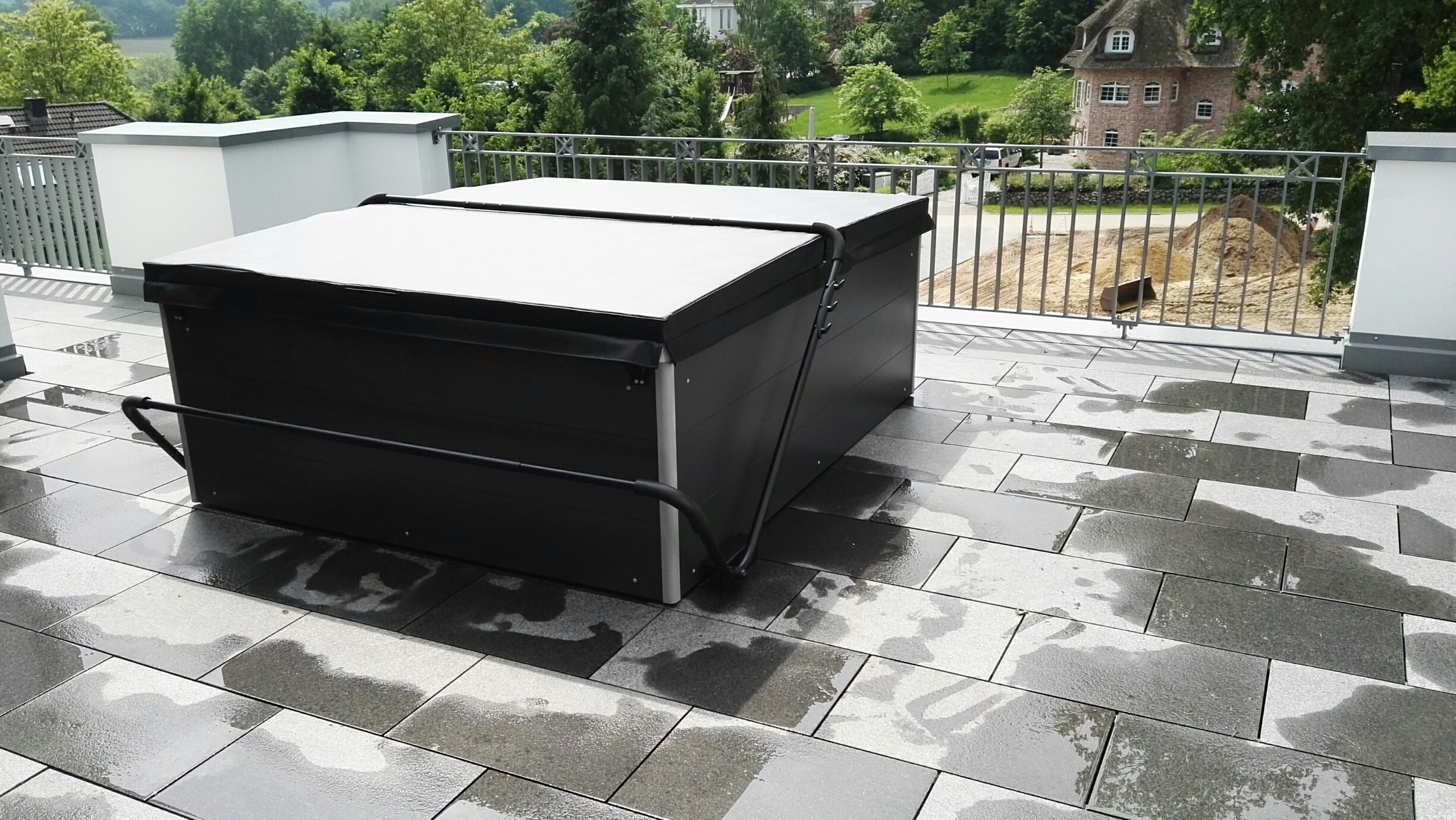 whirlpool dachterrasse wellnessdrops. Black Bedroom Furniture Sets. Home Design Ideas