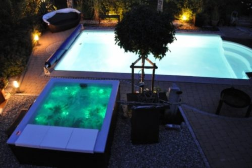 Pool und Lounge Concept NACHTS