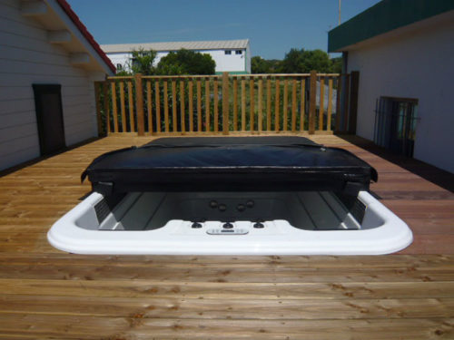 Power-Swim-Built-In-w-Cover