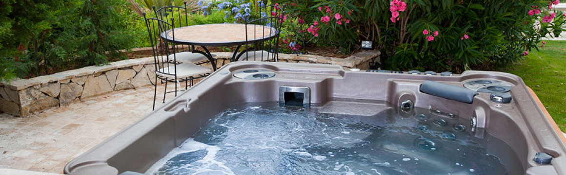 hydropool-hottubs-selfcleaning-slider-06